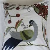 Crewel Pillow PD002
